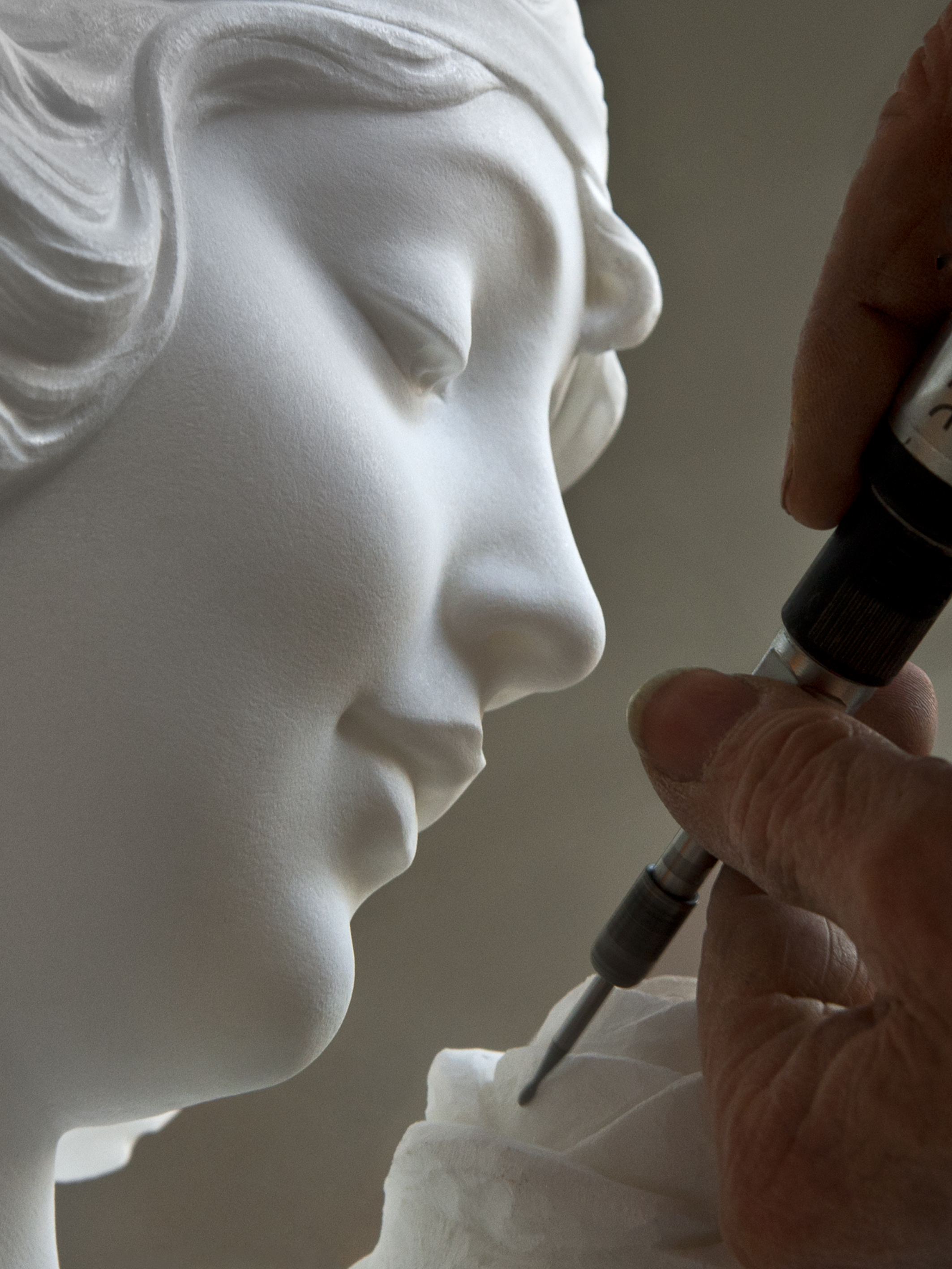 enzo-cei-made-in-pietrasanta-art-sculpture.jpg