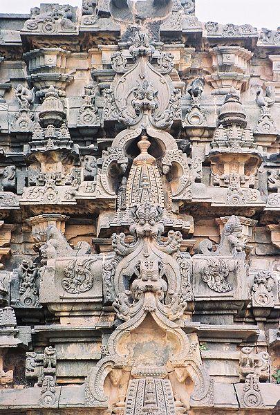 405px-kirthimukha_at_kasivisvesvara_temple_at_lakkundi