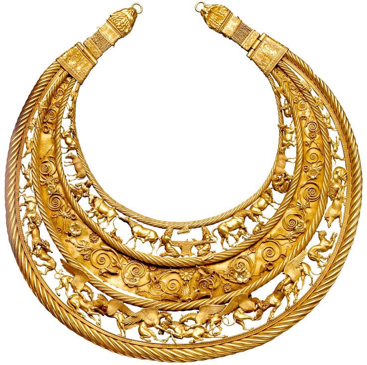 Scythia-Gold-Necklace