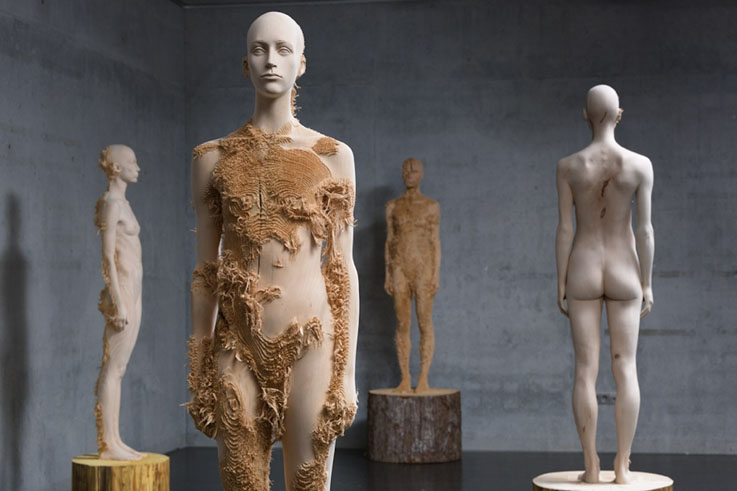 Aron-Demetz-Pietrasanta-Sculpture-Exhibition
