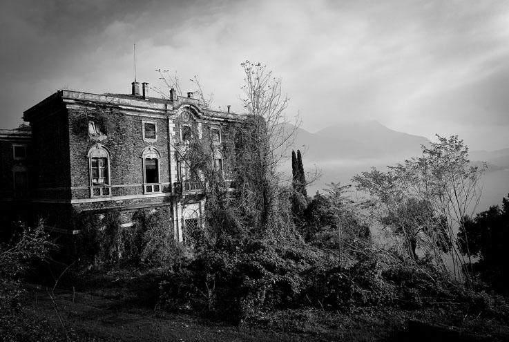 Nicola-Bertellotti-Fenomenologia-della-Fine-Pietrasanta-2013