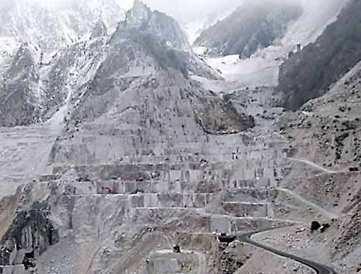 Bianco-di-Carrara-Ferragamo-Cave-Michelangelo