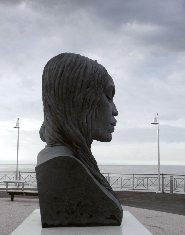 Helga-Vockenhuber-Pietrasanta-Sculpture-2013