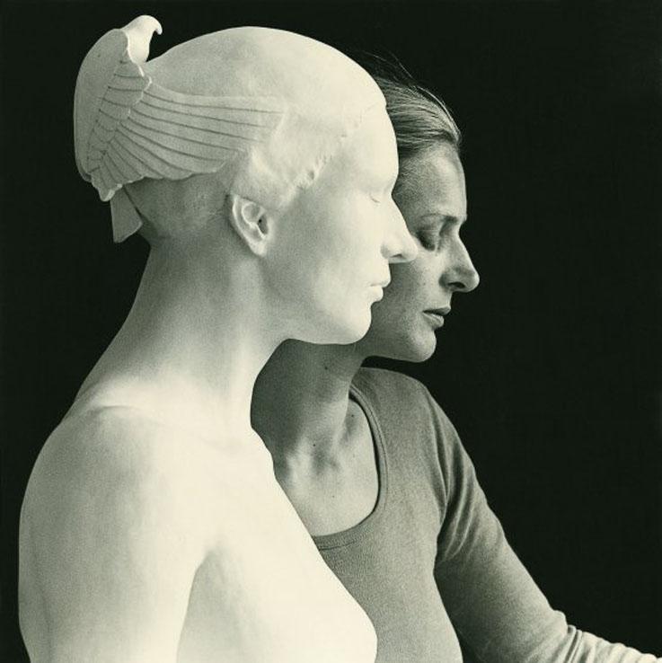 Margot-Homan-Donna-Scultura-Pietrasanta