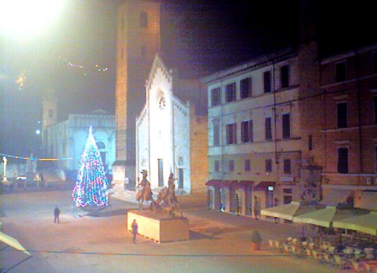 Pietrasanta-Arte-Natale-2013