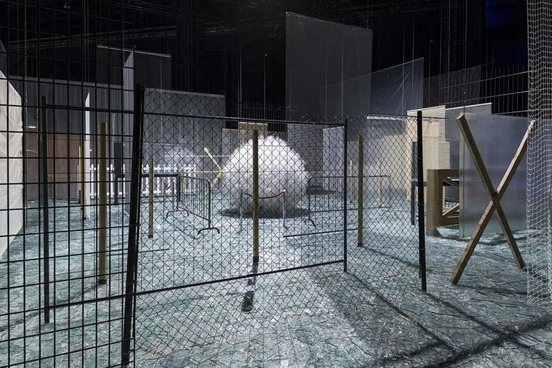 Cildo-Meireles-Hangar-Bicocca-exhibition