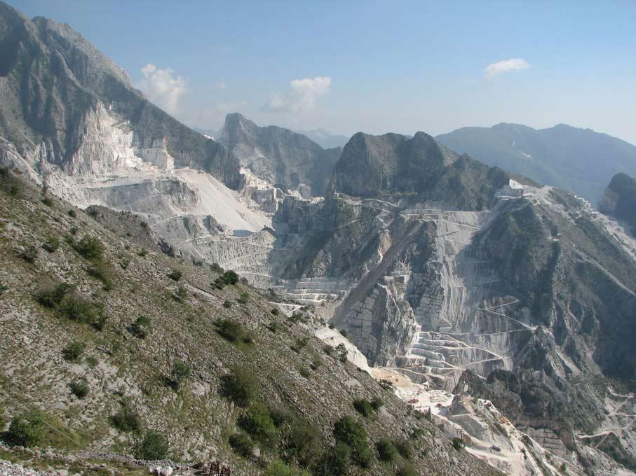 Emanuele-Lotti-Cave-Carrara-Toscana
