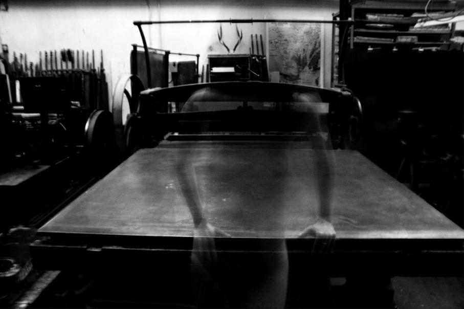 A-dark-optimism-David-Lynch-Pietrasanta-Women-Machines