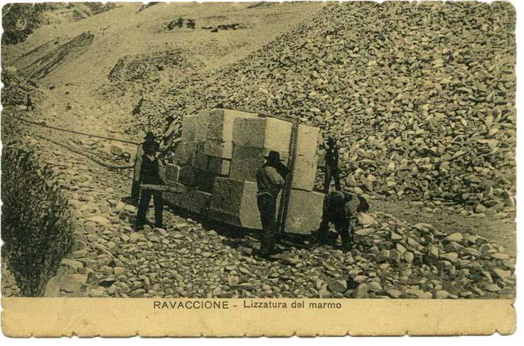 Lizzatura-di-Marmo-Carrara